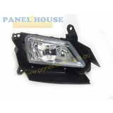 Fog Light RIGHT fits Mazda 3 SP25 Manual 09-11